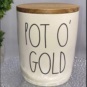 Rae Dunn POT O GOLD short cellar NEW